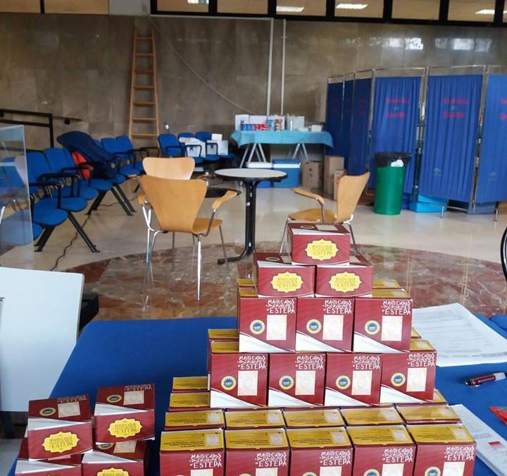 Mantecados de Estepa en la donación de sangre universitaria de Granada