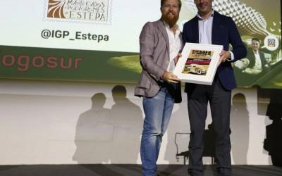 Los mantecados de Estepa premian al chef Daniel del Toro como mejor tuitero gastronómico