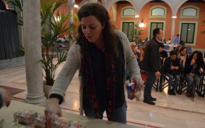 (Español) Mantecados y polvorones de Estepa para los donantes de sangre del maratón prenavideño