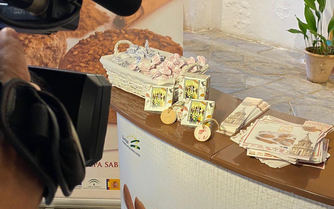 Repartiremos nuestras cajitas homenaje a quienes estuvieron y están en primera línea contra el Covid19 el día de la Constitución en el Real Alcázar de Sevilla