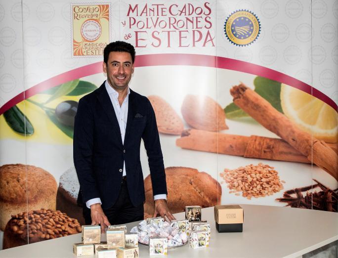 """(Español) José María Fernández Fernández, nuevo Presidente del Consejo Regulador de las IGPs """"Mantecados de Estepa"""" y """"Polvorones de Estepa"""